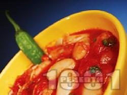 Бобена яхния от домати, чесън и босилек без запръжка - снимка на рецептата